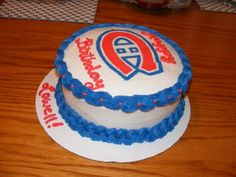 Montreal Canadiens A Montreal Canadiens birthday cake made for my uncle. Cake is all butter cream with a frozen. Montreal Canadiens, Hockey Cakes, Sports Themed Cakes, Cupcake Cakes, Cupcakes, Creative Cakes, How To Make Cake, Food Inspiration, Delicious Desserts