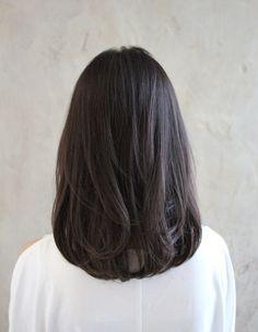 Haircuts For Medium Hair, Medium Hair Cuts, Medium Hair Styles, Short Hair Styles, Korean Short Hair, Short Straight Hair, Hair Color Streaks, Ash Hair, Hair Flip