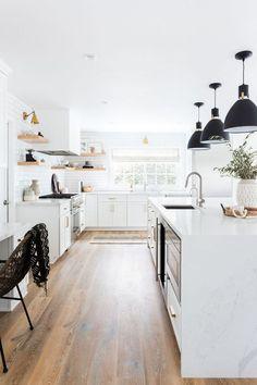 Oak Hills Kitchen Remodel: Modern white kitchen with subway tile + statement lighting by Lindsey Brooke Design All White Kitchen, Cute Kitchen, Kitchen Decor, Kitchen Ideas, Kitchen Designs, Kitchen Interior, Long Kitchen, Kitchen Magic, 1950s Kitchen