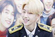 Mark❤️ #Yugyeom #kimyugyeom #got7 #got7look #jackson #bambam #jinyoung #jaebum #mark #youngjae
