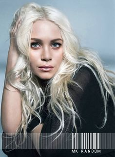 2c48f131f0 Mary-Kate Olsen with long platinum blonde hair