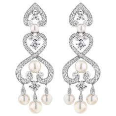 For Sale on - A House of Garrard pair of 18 karat white gold earrings from the 'Regal Cascade' collection, set with round white diamonds and round white cultured pearls. White Gold Diamond Earrings, Diamond Earing, White Gold Jewelry, Pearl Drop Earrings, White Gold Diamonds, Gold Earrings, Pear Shaped Diamond, Gold Pearl, Unique Earrings