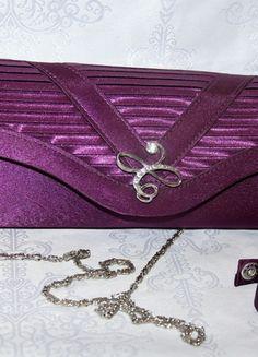 Kup mój przedmiot na #vintedpl http://www.vinted.pl/damskie-torby/kopertowki/11991009-fioletowa-torebka-cudo