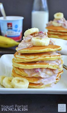 Yogurt Parfait Pancakes | by Life Tastes Good make a scrumptious breakfast that fills us up deliciously and keeps us going all morning long. #QuakerRealMedleys #Ad