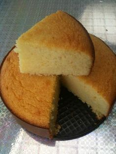 Extra melting coconut - too fastoche - ❤️ Sweet ❤️ - Gateau Sweet Desserts, Sweet Recipes, Delicious Desserts, Dessert Recipes, Yummy Food, Gateau Cake, Cake Recipes From Scratch, Homemade Cake Recipes, Exotic Food