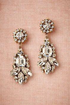Now Trending: Blush Pink - www.theperfectpalette.com - Vintage Inspired Wedding Ideas #weddingjewelry