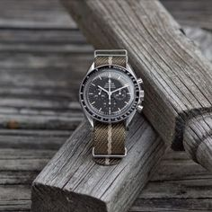 Drab x Sand Woven Fabric Nato Style Watch Strap Army Watches, Cool Watches, Watches For Men, Dream Watches, Omega Speedmaster Watch, Mens Designer Watches, Watches Photography, Nato Strap, Tudor Style