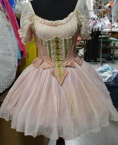 Lovely pink tutu outfit made by Canada's Royal Winnipeg Ballet's Wardrobe department, Ballet tutu Tutu Ballet, Ballerina Costume, Dance Recital Costumes, Ballet Costumes, Hip Hop Dance Outfits, Ballet Russe, La Bayadere, Ballet Clothes, Tutu Outfits