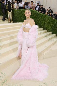 Kate Hudson Met Gala, Jennifer Hudson, Celebrity Red Carpet, Celebrity Dresses, Celebrity Style, Teyana Taylor, Donatella Versace, Lily Aldridge, Keke Palmer