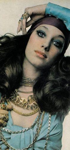 Marisa Berenson by Barbieri in Vogue 1st April 1969. Blue shadow, big lashes, coral lip.