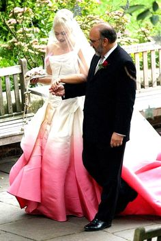 Gwen's wedding dress was amazing!  Love the pink ombre. So her and so original!  Was it Vivienne Westwood?