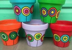 Decorated Flower Pots, Painted Flower Pots, Painted Pots, Painting Wicker Furniture, Small Balcony Decor, Painted Wicker, Arts And Crafts, Diy Crafts, Whimsical Art