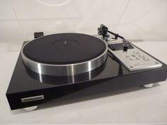 Pioneer PL-C590 turntable
