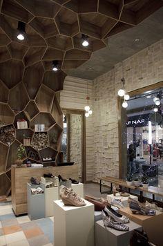 Tiendas Tamara Brazdys  in Medellin by Plasma Diseño