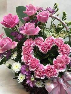 Photo Beautiful Flower Arrangements, Floral Arrangements, Beautiful Flowers, Love Rose, All Flowers, Good Morning Images, Flower Art, Floral Wreath, Bouquet