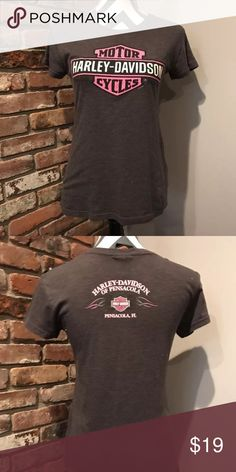 Harley Davidson T In excellent condition Harley-Davidson Tops Tees - Short Sleeve