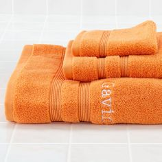 Shop Fresh Start Bath Towels (Orange).  Comfy, 100% cotton towels make the perfect new beginning for any bath time.  Best of all, they can even be personalized with a name.