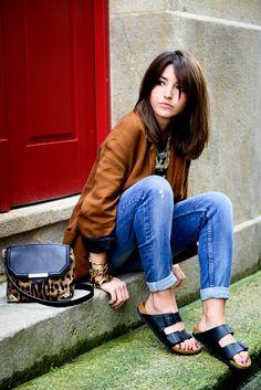 Brown shirt + black tee + statement necklace + boyfriend jeans