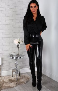Get on your hands & knees at my feet Mark Shavick! Body Suit Outfits, Sexy Outfits, Work Outfits, Black Satin Shirt, Red Satin, Vinyl Leggings, Pvc Leggings, Black Wide Leg Trousers, Outfit