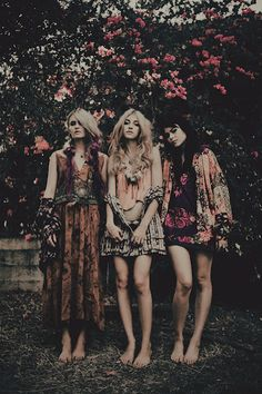 Just like all the floral dresses abs different textures and patterns in this picture. Plus all the green!!!