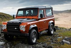Land Rover Defender... We should start fighting for the importation of these Defender's into the USA! !