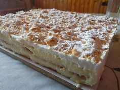 Μιλφέιγ !!! ~ ΜΑΓΕΙΡΙΚΗ ΚΑΙ ΣΥΝΤΑΓΕΣ 2 Vanilla Cake, Tiramisu, Sweets, Bread, Ethnic Recipes, Desserts, Food, Vanilla Sponge Cake, Sweet Pastries