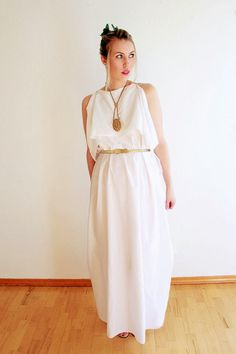 Who doesn't have a white sheet? Chic & classy Greek Goddess costume you can create in a few minutes.