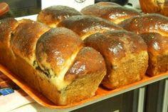 Desert cozonac ca la mama acasa Romanian Desserts, Romanian Food, Romanian Recipes, Types Of Bread, Artisan Food, Just Bake, Pastry And Bakery, Home Food, Sweet Bread