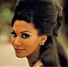Jennifer Hosten was the first black woman to be crowned Miss World in 1970 from the Caribean Island of Grenada. Miss World, Pan Africanism, Beauty Contest, Beauty Pageant, Beauty Queens, Perfect Body, Grenada, Caribbean, Black Women