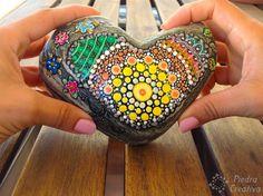 Put your heart 💗 piedracreativa 💗 Painted Rocks, Turquoise Bracelet, Turtle, Heart, Painting, Stones, Diy, Crafts, Ideas