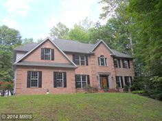 """HOME OF THE DAY - BIG BOLD BEAUTY!! Welcome Home to this immaculate almost 5000 sq ft colonial located in the sought after Swanson Creek Landing. Gourmet kitchen w/granite counters, 42"""" cherry cabinets and breakfast nook. Relax in the master suite w luxury bath..features soak tub, sep shower. Entertain in the formal LR, 2 story fam rm or spacious rec area downstairs. Lots of privacy, no HOA…"""