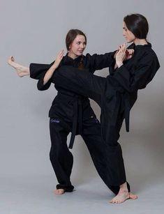 Female Martial Artists, Martial Arts Women, Mixed Martial Arts, Taekwondo Girl, Karate Girl, Viet Vo Dao, Self Defense Martial Arts, Tough Girl, Sports Training