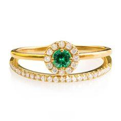 Description: ♥ Dainty diamond wedding set: 0.2ct Emerald, diamond halo ring and a dainty half eternity pave diamond ring in 14k / 18k solid
