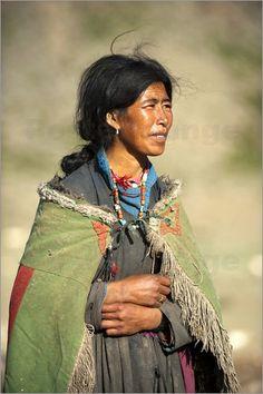 """Bild von Alex Treadway - """"Ein Nomadin in Tibet"""""""