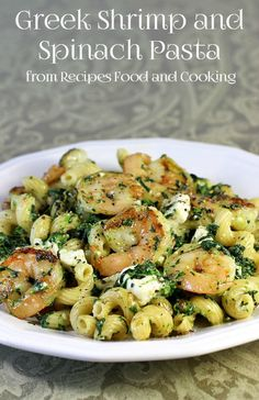 Greek Shrimp and Spinach Pasta A delicious pasta dish full of shrimp, spinach and feta with a Greek flair. - Recipes, Food and Cooking Recettes de cuisine Gâteaux et desserts Cuisine et boissons Cookies et biscuits Cooking recipes Dessert recipes Seafood Recipes, Pasta Recipes, Cooking Recipes, Healthy Recipes, Cooking Food, Food Food, Shrimp And Spinach Recipes, Healthy Meals, Salad Recipes