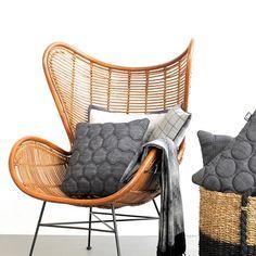 Ooohh big like! De Egg Chair van HK Living (prijs 379,-) #loods5 #tgif…