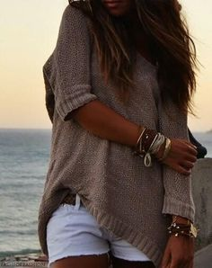 Slouchy Bohemian style sweater & boho chic stacked bangles. For more modern hippie jewelry trends FOLLOW http://www.pinterest.com/happygolicky/the-best-boho-chic-fashion-bohemian-jewelry-gypsy-/