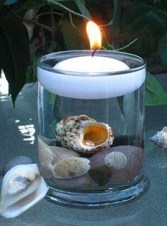 Manette Gracie Events: Another DIY Centerpiece (Cheap 'n Easy) Diy Centerpieces Cheap, Shell Centerpieces, Shell Decorations, Decoration Table, Centerpiece Flowers, Pool Candles, Floating Candles, Candle Lanterns, Diy Candles