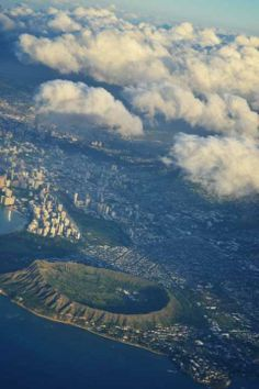 USA 2013 — This is Diamond Head. While it looks like an impact crater, it is volcanic in origin. — at Honolulu Airport, Honolulu, Hawaii — #usa2013