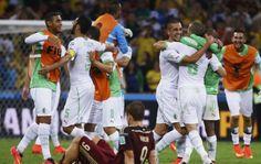 Argelia hace historia y va por mas.Por primera vez en la historia de la Copa Mundial de la FIFA™, tendremos dos africanos en octavos de final: los argelinos, con tanto de Islam Slimani, igualaron con Rusia y avanzan como segundos del Grupo H.