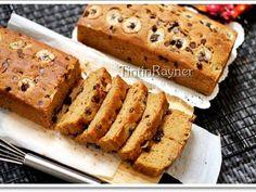 Resep Cake Pisang Gula Palem Best Ever Banana Cake with Palm Sugar favorit. Sungguh terlaluuu.. enyak! Hahaha..resep ini bakal aku simpen terus,very good recipe dari Iris May ^m^ thx ya Mayyy:;) rata2 Cake pisang mmg enak,tp sering seret..itu yg dulu aku alami..tapi,skg ga lagi.#ky iklan aja xixixixi Cake ini empuk,lembut,moist,manisnya pas,semuanya pas buat lidahku.. Tp syg bgt,aku ga punya madu,permukaan nda aku oles madu,ga bisa shiny brown gitu kulite..hiks..potongan pisangnya jg pucet…