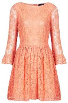 Perfectly pink lace makes for a beautiful #TopshopPromQueen look! #topshop #lace #pink #dress