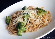 Easy One-Pot Linguine with Cannellini Beans & Broccoli Simple Recipes, Easy Dinner Recipes, Easy Meals, Casserole Recipes, Crockpot Recipes, Cooking Recipes, Veggie Recipes, Soup Recipes, Pasta Dinners