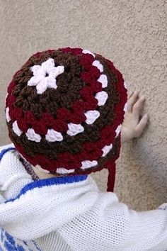 Granny hat - love it!  I may have to make in Christmas colors with pom poms on the end!