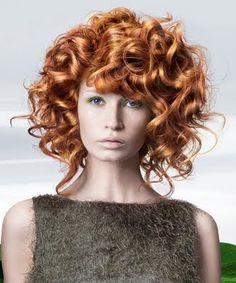 Resultado de imagem para cortes de cabelo , Naturais curtas,  para caucasianas com cabelos ondulados femininas