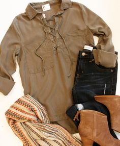 Who is so excited that fall is F I A L L Y here?!  Tunics scarves and boots for days...we've got what you need for that cool weather wardrobe! Shop online for all things new! #tfssi #stsimonsisland #seaisland #fall2016 #fallstyle #style #styleinspo #fashion #fashioninspo #fashioninsta #ootd #scarf #boots #coolweather #fallishere #shoplocal #supportlocal #shopgoldenisles #redfernvillage
