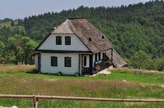 European House, Good House, Design Case, Home Fashion, Traditional House, Romania, Beautiful Images, Barn, House Design