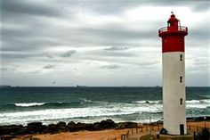 Phare Umhlanga Rocks à Durban Lighthouse Pictures, Kwazulu Natal, Out Of Africa, Covered Bridges, Greatest Adventure, Tall Ships, Beach Cottages, Land Scape, South Africa