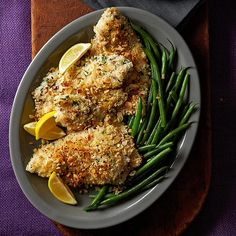 In this quick dinner recipe, fresh tilapia fillets are dipped in a buttermilk-panko coating, sprinkled with almonds and Parmesan, drizzled with melted butter and red pepper and baked until flakey. Salmon Recipes, Fish Recipes, Vegetable Recipes, Seafood Recipes, Fennel Recipes, Recipies, Heart Healthy Recipes, Low Carb Recipes, Diabetic Recipes