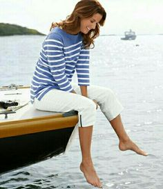Nautical Outfit Ideas for Your Spring Wardrobe Sailing Outfit, Boating Outfit, Sailing Style, Nautical Outfits, Nautical Fashion, Navy Marine, Segel Outfit, Outfit Ideas, Stripes